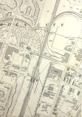 Ordnance Survey Map XXVIII.11 1938, Close up of the station and branch lines   Hertfordshire Archives and Local Studies