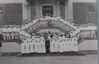 Shredded Wheat Staff on opening day 1926, Library photo collection, Hertfordshire Archives and Local Studies