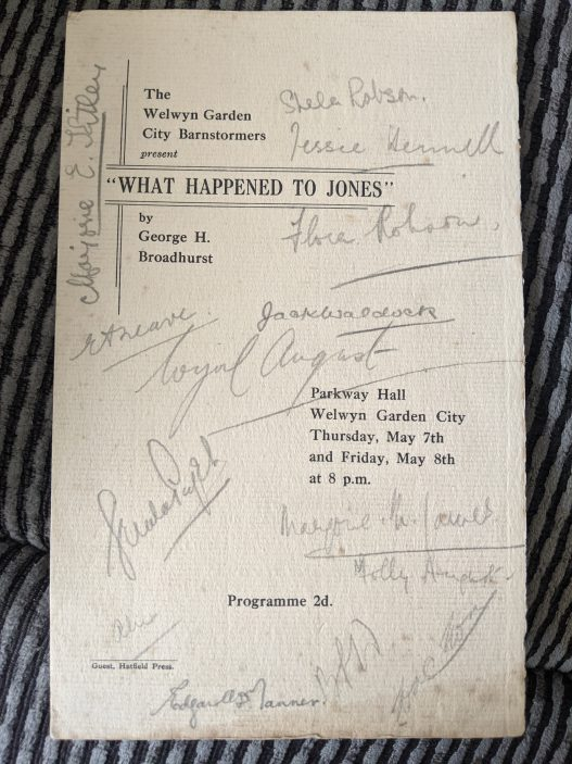 Welwyn Garden City theatre programme. Signed by Flora Robson.