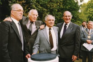 Photograph of Sam Ostro and others at the inauguration of the memorial on Parkway, 1990 | Ken Wright