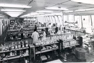 Analytical Laboratory - ICI Plastics | Campus West Library - Welwyn Garden City