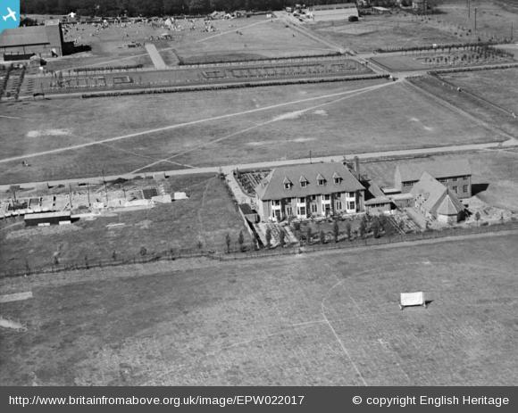 The Cottage and Howardsgate - 1928 | English Heritage