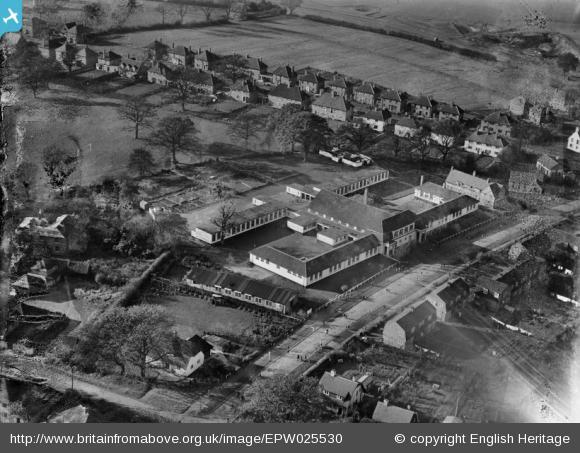 Applecroft Primary School - 1928 | English Heritage