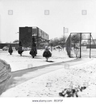 Snowy school on Heronswood Road    -    1964.