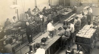 Inside Murphy Radio 1930 | Welwyn Garden City Library
