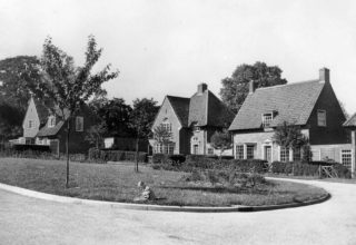 Houses in Pentley Park c1937 | Hertfordshire Archives and Local Studies