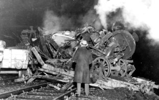 The wreckage as seen that night | Hertfordshire Archives and Local Studies