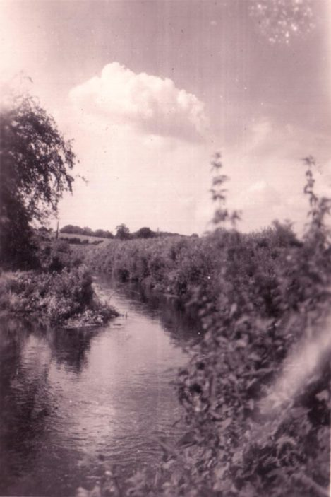 The River Lea c.1946 | Gordon S.