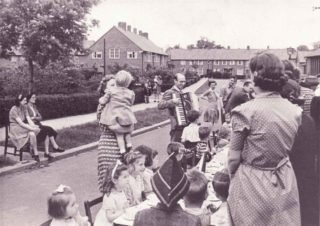 Sandpit Lane 1945 - street party - Dickie Wallace accordianist