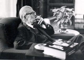 Sir Frederic Osborn. 1974 | Welwyn Garden City Library