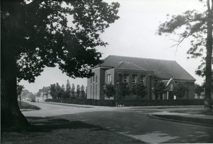 St Francis Church, Welwyn Garden City | Hertfordshire Archives and Local Studies