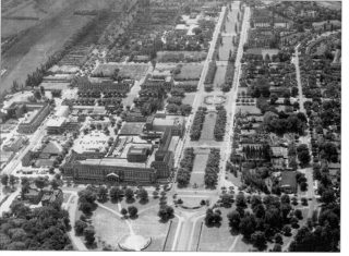The Town Centre (Welwyn Stores, Howardsgate etc) and Parkway - 1964