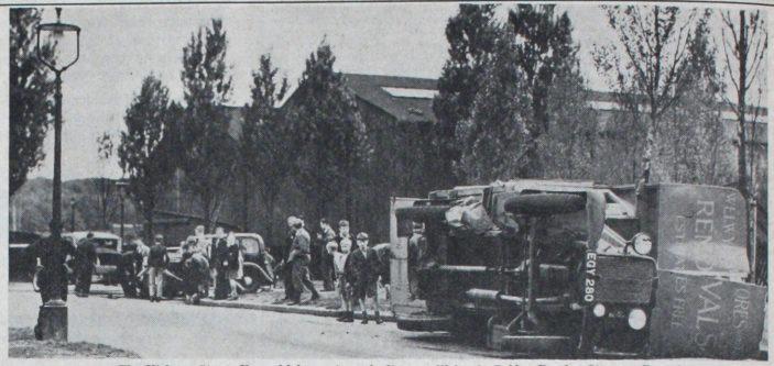 Welwyn Stores Van Crash | Welwyn Times 25 August 1938
