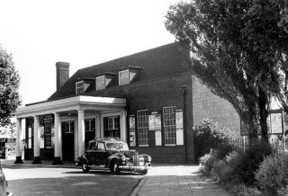 1953 - The ticket office at the old Garden City railway station which had a car park to its' left, and was demolished in the late 1980s to make way for the Howard Centre. As explained in the text, I used to go in here to buy my railway ticket before going over the footbridge to Platform 4.