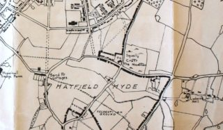 The Woodman public house is marked on this map with a PH and is in the Hatfield Hyde area of Welwyn Garden City c1950s | Hertfordshire Archives and Local studies