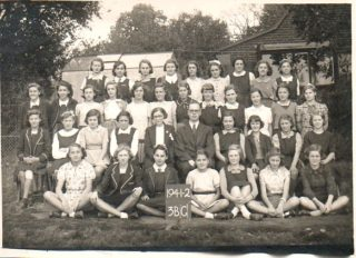 Is this Handside School | Only photo I have of my mothers school days